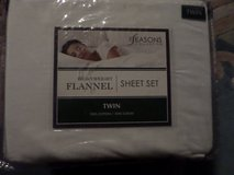 """Flannel Twin Sheet Set in White 100% Cotton 16"""" deep The Seasons Collection in Alamogordo, New Mexico"""