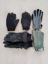 Glove Set (Various) (Leather and Mechanic) in Okinawa, Japan