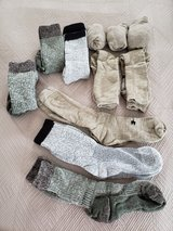 Various Military Type (Cold Weather) Thick Socks (Under Armour and Other) in Okinawa, Japan