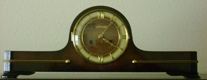 ANTIQUE MANTEL CLOCK in Conroe, Texas