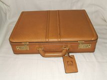 Avenues Executive Leather briefcase Attache / Dual Combination Expandable in Chicago, Illinois