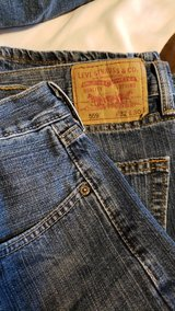 Levi 559 Jeans 32X30 in Alamogordo, New Mexico