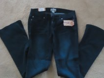 NWT Mudd jeans sz3 in Chicago, Illinois