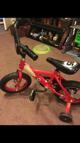 kids bike in like new condition in Clarksville, Tennessee