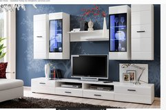 United Furniture - Lauren Wall Unit with LED lights including delivery in Spangdahlem, Germany