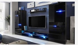 United Furniture - Wall Unit model Modern with LED lights including delivery in Spangdahlem, Germany
