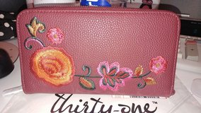 NWT THIRTY-ONE WALLET PURSE CLUTCH in Yorkville, Illinois