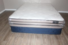 organic queen size mattress - vibe collection in Spring, Texas