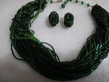 """VINTAGE FOREST GREEN GLASS SEED BEAD MULTI STRAND 18"""" CHOKER NECKLACE EARRING SET in Cleveland, Texas"""