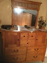 Dresser with mirror in Stuttgart, GE