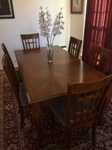 Formal Dining table with 6 chairs in Chicago, Illinois
