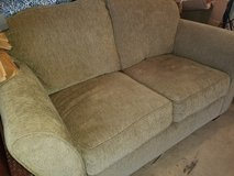 Loveseat couch in Bolingbrook, Illinois