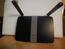 Linksys EA6350 AC1200+ Dual-Band WiFi Router in Fort Campbell, Kentucky