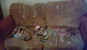 Large quantity of Costume Jewelry, 80 items in Cleveland, Texas