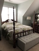 4 poster canopy bedroom set in Cherry Point, North Carolina