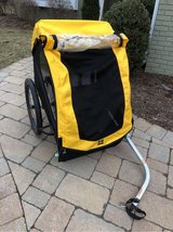 Burley Bee 2 Seat Bike Trailer in Chicago, Illinois