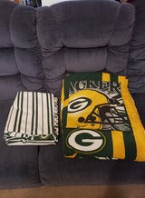 GREEN BAY PACKERS TWIN COMFORTER AND SHEETS in Fort Campbell, Kentucky