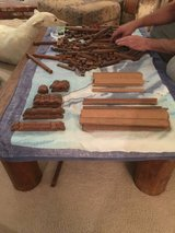 VINTAGE LINCOLN LOG SET in 29 Palms, California