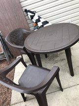 4 patio chairs and table in Lockport, Illinois