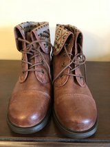 Brown Lace Up Boots with Plaid Size 10M in Westmont, Illinois