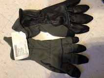 Military gloves in Clarksville, Tennessee