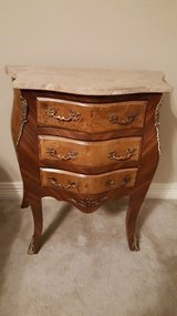 Exquisite Louis XV Style Bombe Chest With Marquetry Inlay. in Kingwood, Texas