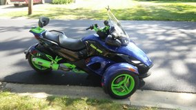 2010 can-am spyder in Orland Park, Illinois