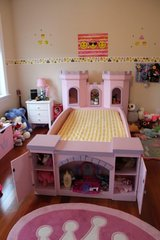 twin bed for a princess real wood in Fort Lewis, Washington