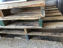 Free pallets in Conroe, Texas
