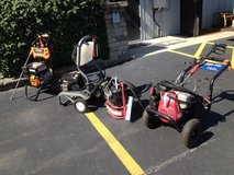 Various Pressure washers in Orland Park, Illinois