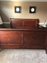 king size sleigh bed frame in Chicago, Illinois