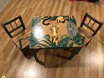 Kids table and chairs set in Naperville, Illinois