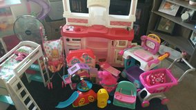 Todler Girl Toys in Fort Lewis, Washington