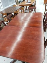 ANTIQUE DUNCAN PHYFE TABLE AND 6 CHAIRS in Warner Robins, Georgia