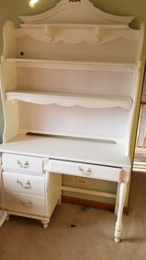 Used girls desk & hutch in Naperville, Illinois