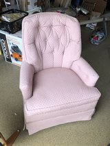 Pink Swivel Chair in Aurora, Illinois