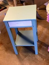 antique chalk painted table! in Cherry Point, North Carolina