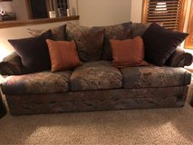 Couch sleeper loveseat in Bolingbrook, Illinois