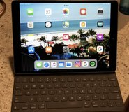 Apple - 10.5-Inch iPad Pro with Wi-Fi - 64GB - Space Gray in Chicago, Illinois