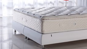 United Furniture - US QS Foam Memory Pillowtop Mattress - monthly payments possible in Mannheim, GE