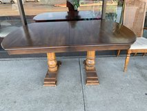 Dining Table and 6 chairs in Bartlett, Illinois