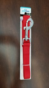 6' Red Pawtown Leash in Naperville, Illinois