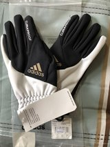 Soccer Fieldplayer Gloves in St. Charles, Illinois