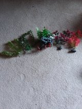 5 piece artificial aquarium plant decor in Yorkville, Illinois