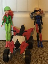 Action figures: Harley Quinn/Poison Ivy/bike in Fort Lewis, Washington