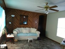Beautiful cream color couch, must see to appreciatio in Fort Polk, Louisiana