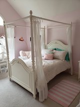 Canopy Bed in Plainfield, Illinois