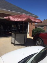 patio bar or Caterers bar excellent condition in Warner Robins, Georgia