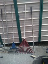 Lawn& Garden tool's in Fort Campbell, Kentucky