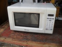 ^^^  Small Microwave  ^^^ in 29 Palms, California